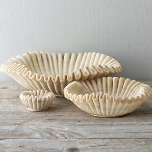 Ruffled Marble Bowls, Terrain