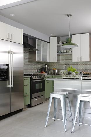 sarah richardson sarah 101 green kitchen subway tile
