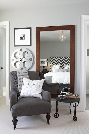 sarah richardson sarah's house 4 boys room grey corner shot