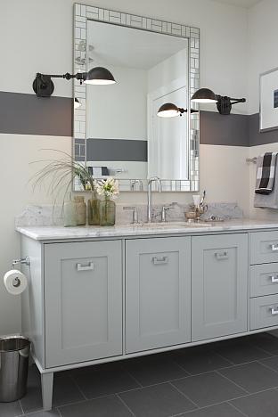 sarah richardson sarah house 4 boy bathroom grey stripe wall