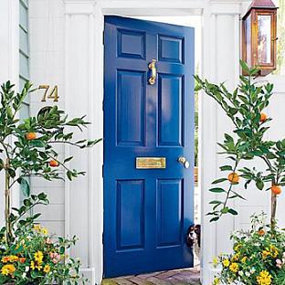 Door Knockers + Front Door Paint Colours
