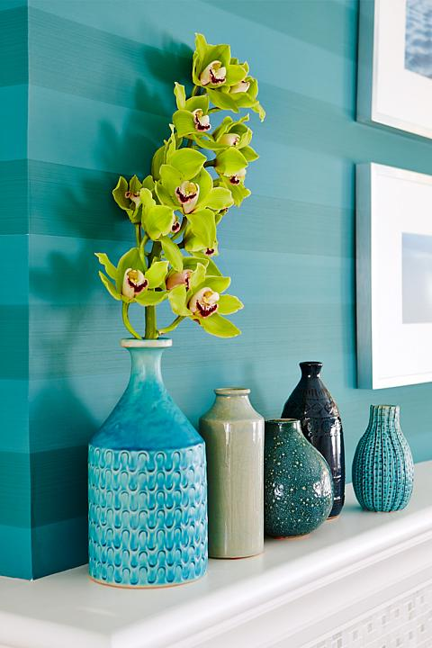 Globe and Mail Real Potential Turquoise Living Wallpaper Stripes